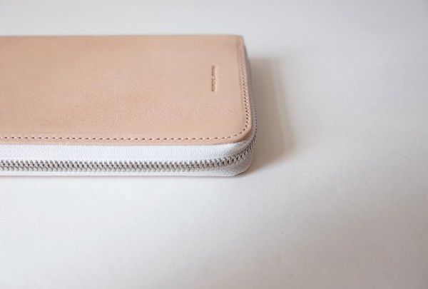 Hender Scheme long zip purse(natural)